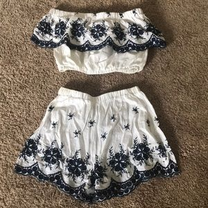Lightweight crop top and shorts pair